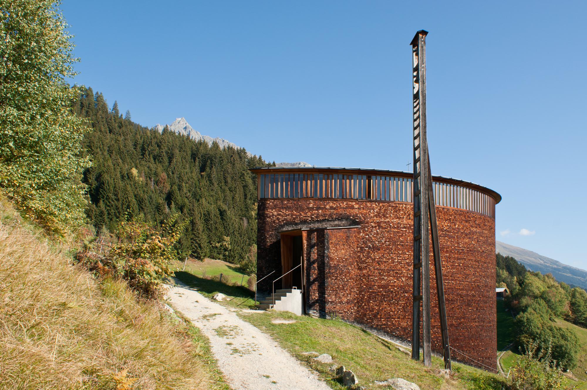 7 Capilla de San Benito - Sumvitg, Suiza