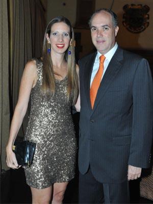 Carlos Hans D'Ampaire y Patricia de Hans